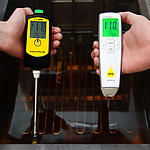 FT 440 and Oiltester in use